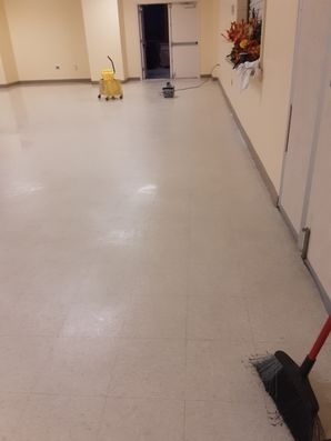 Before & After Floor Stripping & Waxing in Cayce, SC (1)
