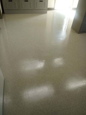 Floor Stripping and Waxing in Lexington, SC (3)